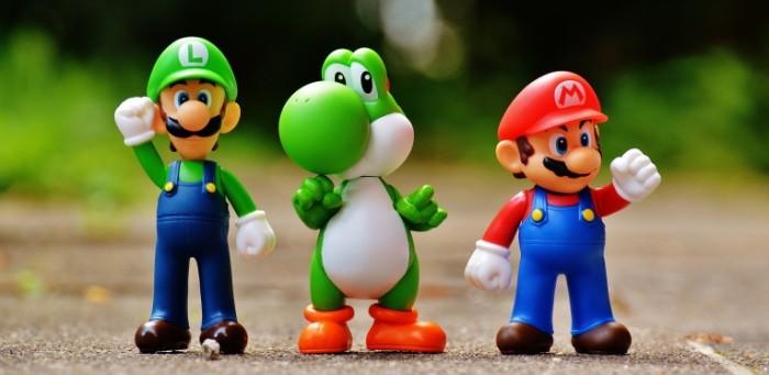Mario santehnik igrushki makro Mario plumber toys macro 5674h3817 700x341 Марио, сантехник, игрушки, макро   Mario, plumber, toys, macro