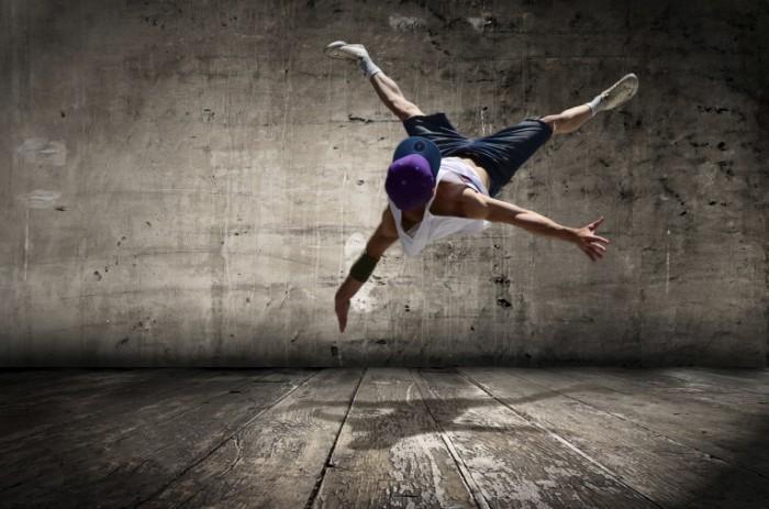 Sovremennyie tantsyi pryizhok Modern dance jump 4928h3284 700x463 Современные танцы, прыжок   Modern dance, jump