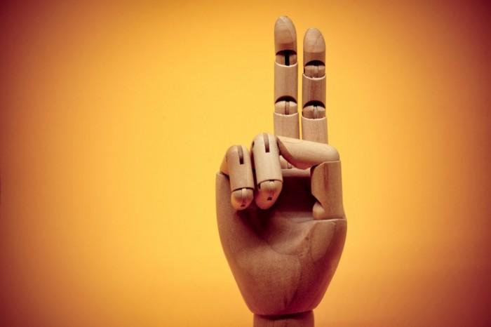 ZHest derevyannaya ruka ruka manekena Gesture wooden hand mannequin hand 7360  4912 700x466 Жест, деревянная рука, рука манекена   Gesture, wooden hand, mannequin hand