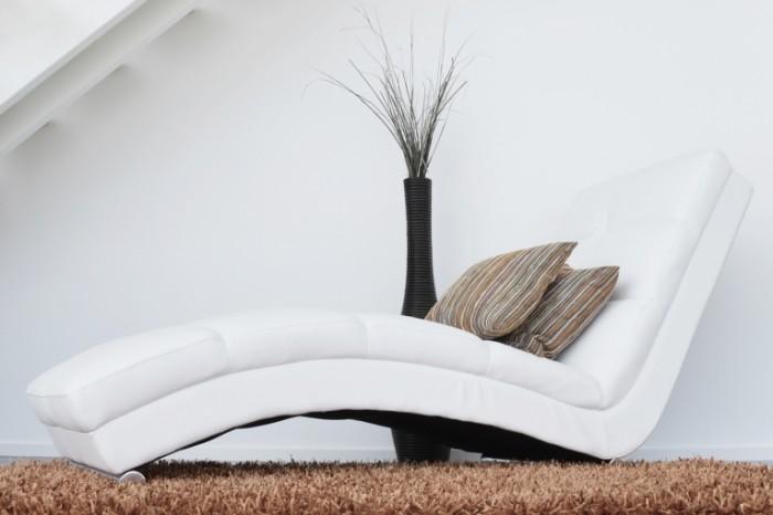Beloe kreslo sofa polulezhachee kreslo White armchair sofa reclining armchair 4543  2362 700x466 Белое кресло, софа, полулежачее кресло   White armchair, sofa, reclining armchair