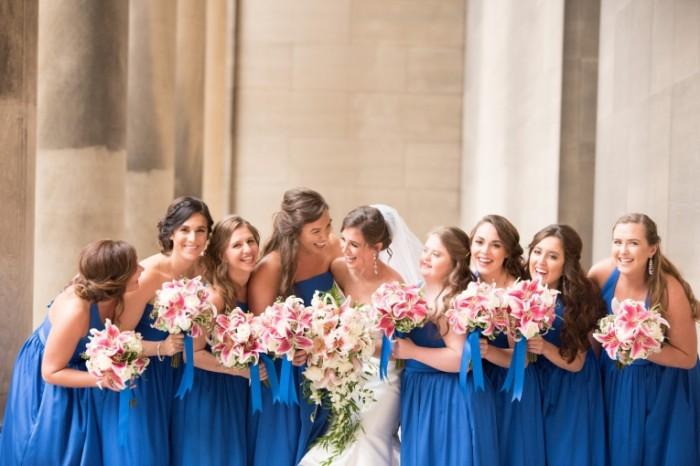 Свадьба, подружки невесты в синих платьях   Wedding, bridesmaids in blue dresses