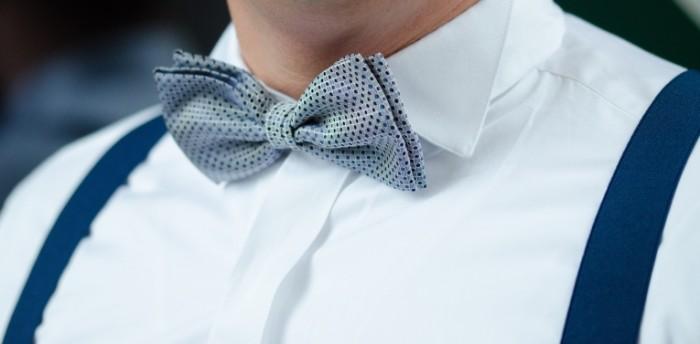 Babochka podtyazhki belaya rubashka Butterfly suspenders white shirt 4635h2289 700x344 Бабочка, подтяжки, белая рубашка   Butterfly, suspenders, white shirt