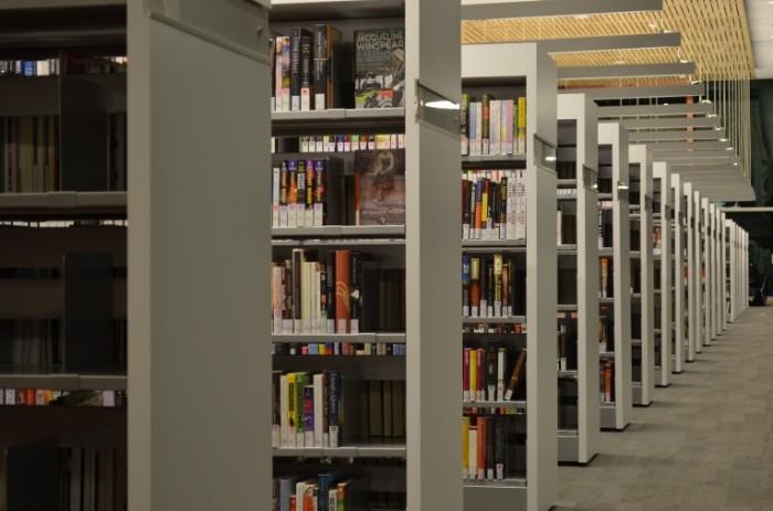 Biblioteka stelazhi knigi Library racks books 4928  3264 700x463 Библиотека, стелажи, книги   Library, racks, books