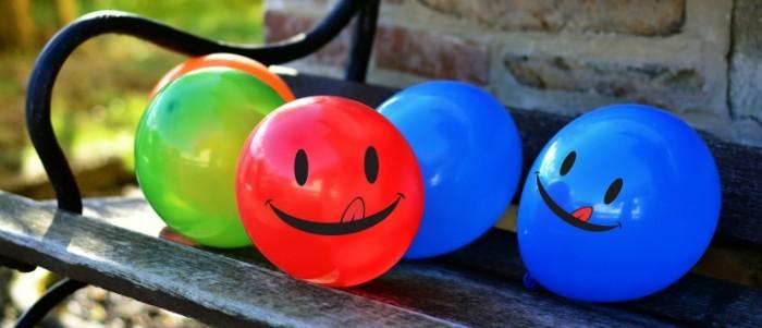 Vozdushnyie shariki ulyibka vesele Balloons smile fun 6000  2590 700x301 Воздушные шарики, улыбка, веселье   Balloons, smile, fun