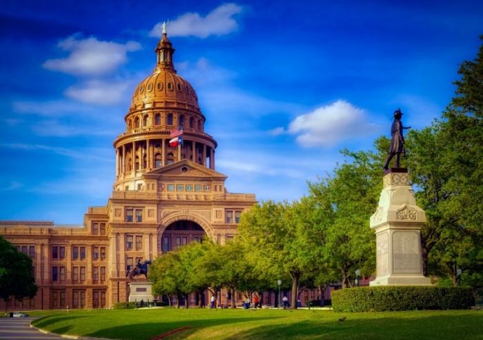Gosudarstvennyiy kapitoliy tehasa Texas State Capitol 4000  2816 700x492 Государственный капитолий техаса   Texas State Capitol