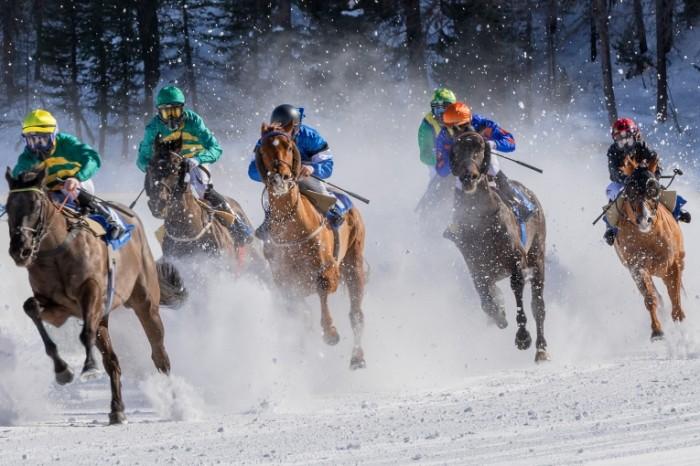 Konnyie skachki zhokei konnyie bega Horse racing jockeys horse racing 4500  3000 700x466 Конные скачки, жокеи, конные бега   Horse racing, jockeys, horse racing