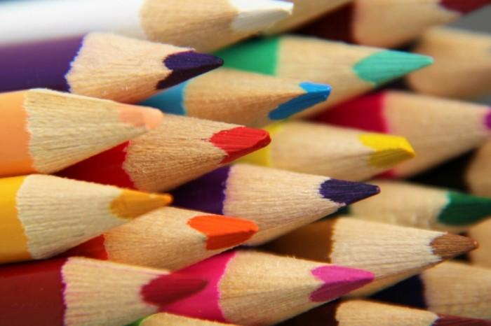 Zatochennyie tsvetnyie karandashi tsveta risovanie Sharpened color pencils colors drawing 6000  4000 700x466 Заточенные цветные карандаши, цвета, рисование   Sharpened color pencils, colors, drawing